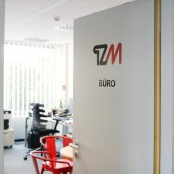 TZM_Buerotuer_Ansprechpartner